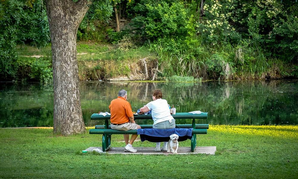 picnic-san-gabriel-park-georgetown-texas