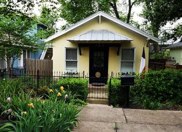 Elm Street Cottage